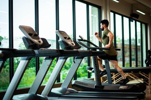暖身運動:跑步