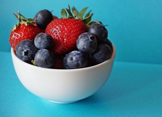 綜合莓果高蛋白奶昔