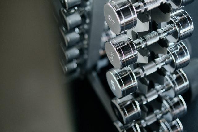 增肌技巧 使用輕重量